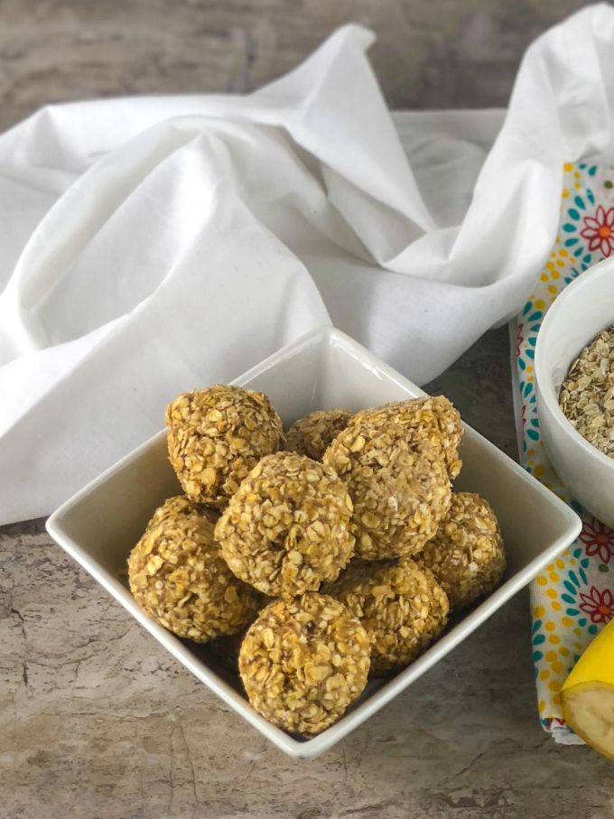 simple energy bites made with healthy ingredients