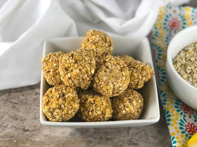 banana peanut butter oat balls